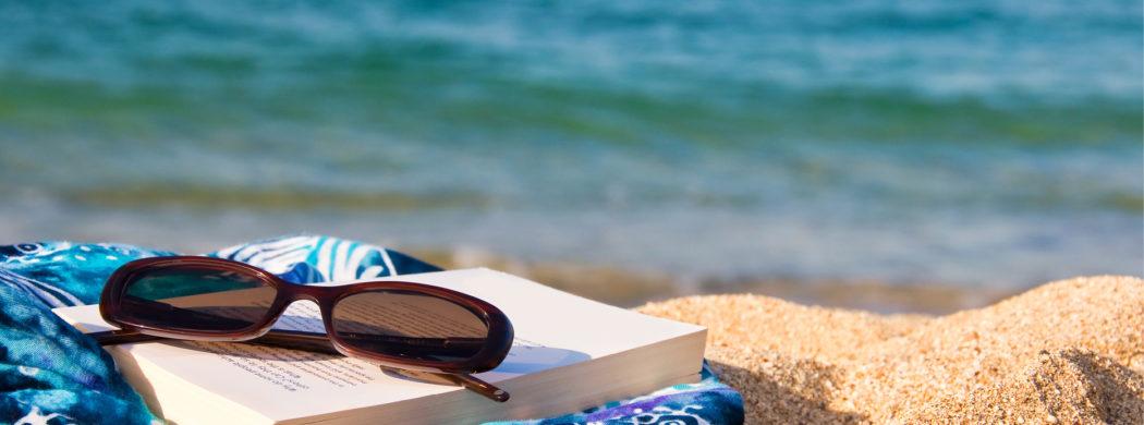Summer-Book-Club-2018_beach-1050x390